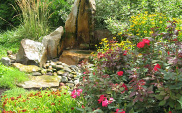 Water feature attracts nature into the garden at Cathedral Village CCRC